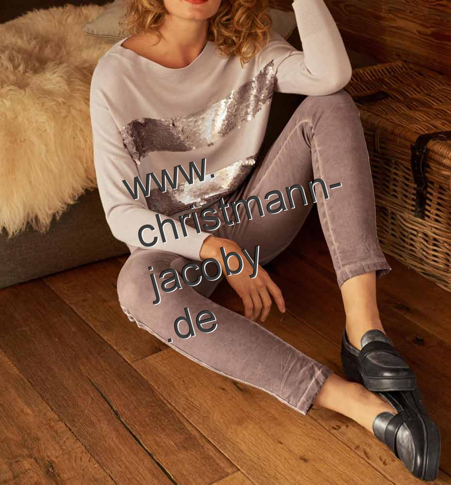 Fine knit sweater with sequins, nude